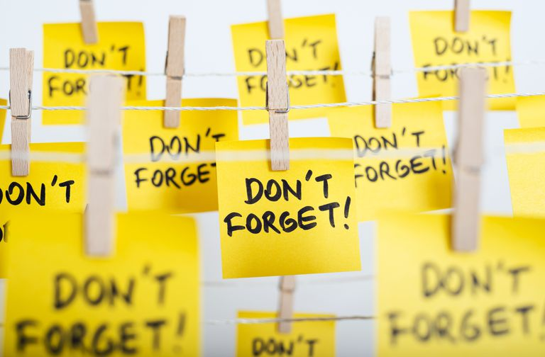 "post-it notes saying ""don't forget!"""