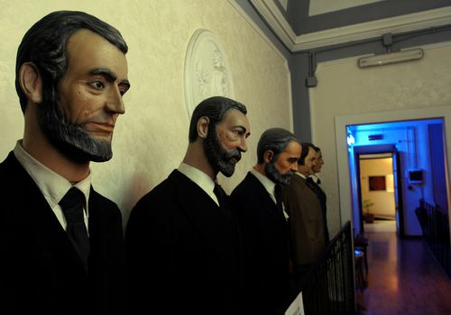 wax figures of presidents