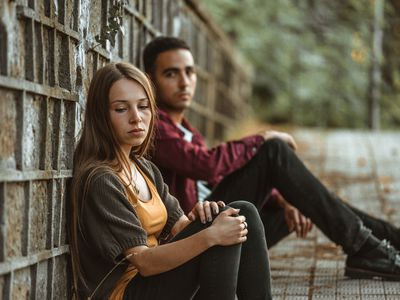 couple in relationship having difficulties