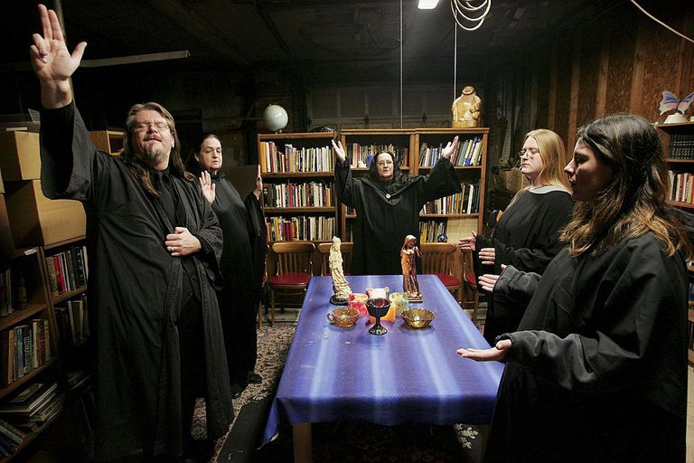 Wicca religion practitioners