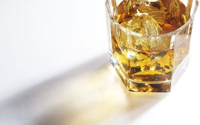 Medications You Should Never Mix With Alcohol