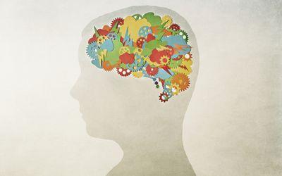 A creative brain with gears
