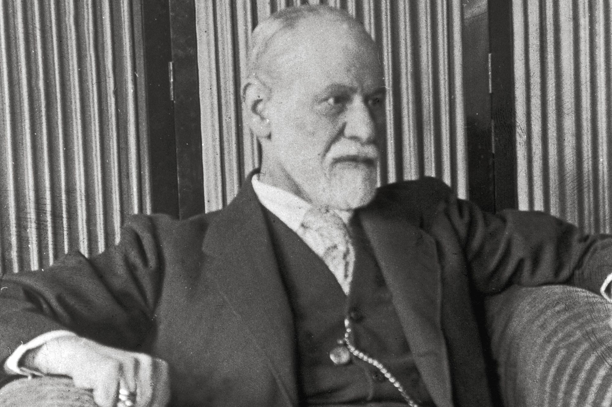 a look at the jungs unsatisfaction with sigmund freuds work Sigmund freud (may 6, 1856 - september 23, 1939) was an austrian neurologist who founded the psychoanalytic school of psychiatry freud is best known for his theories of the unconscious mind and the defense mechanism of repression.