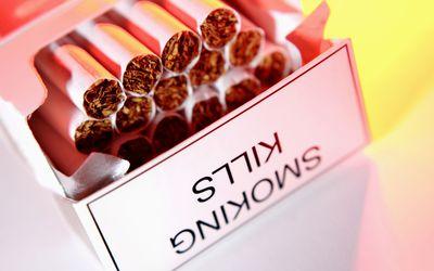 Smoking Kills on a Cigarette Box