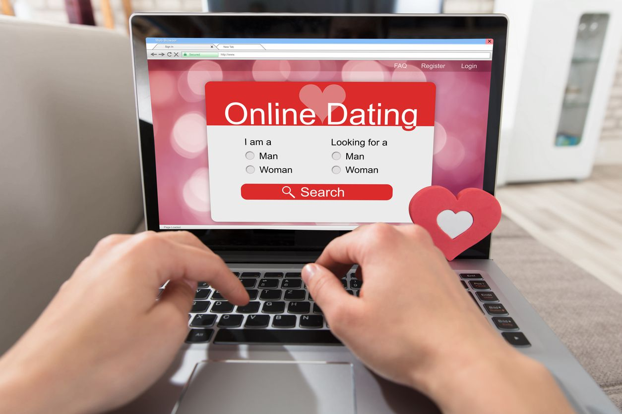 Everything You Need to Know About Creating a Noticeable Dating Profile