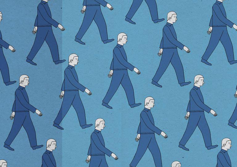Solomon Asch studied conformity