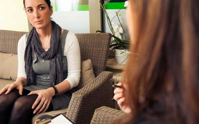 woman in psychotherapy session