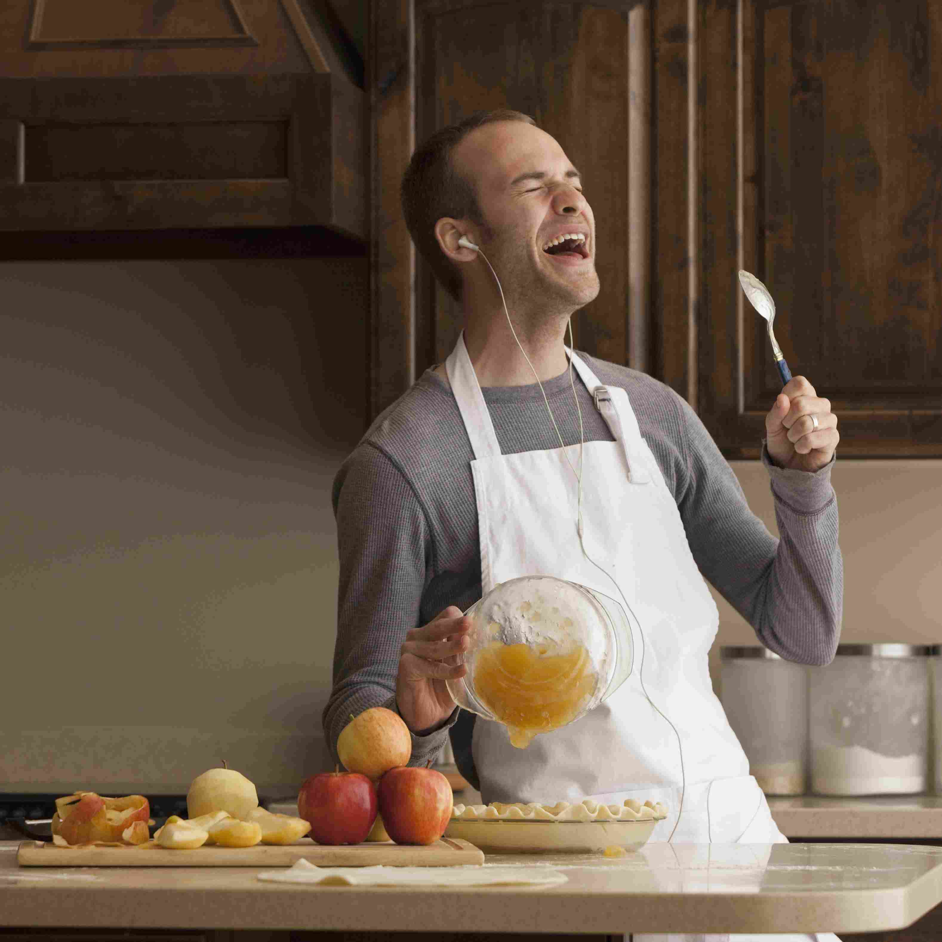 Your iPod can help you relieve stress in the kitchen.