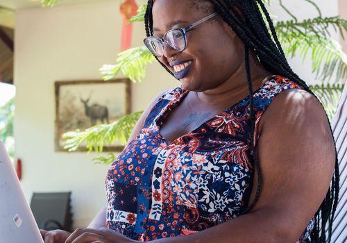 Niesha at work cropped