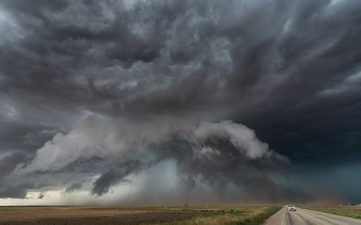 Tornado chase, Texas