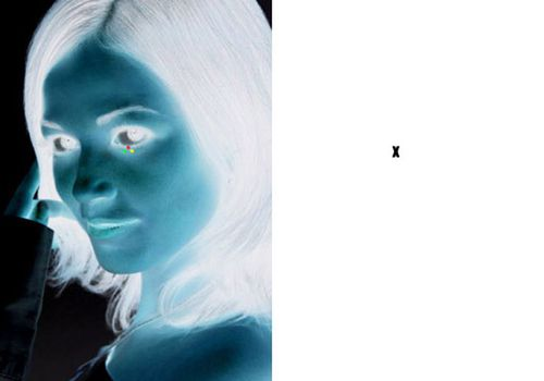 negative photo illusion