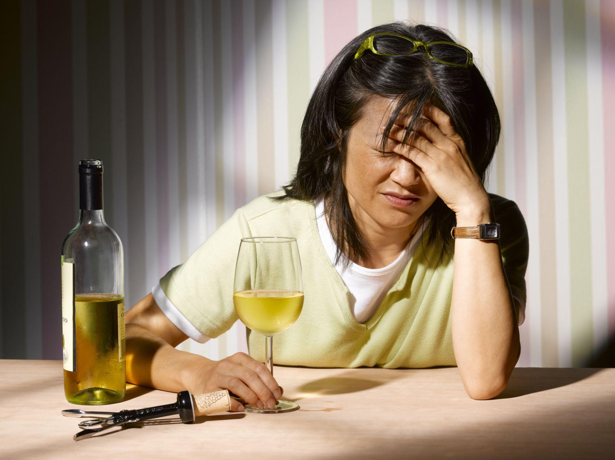 бросились пострадавшему, женский алкоголизм фото приколы такие