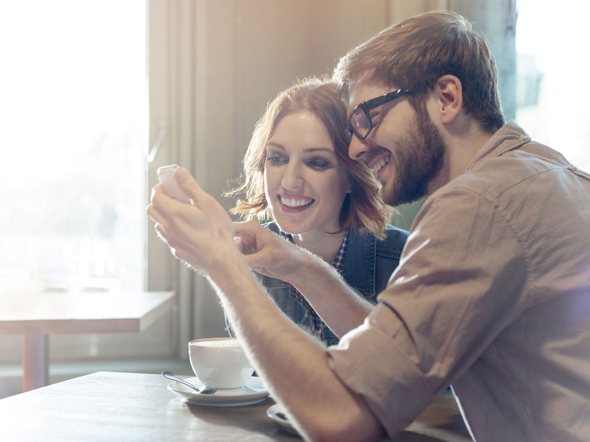 Benefits and Risks of Apps Like 'Happy Couple'