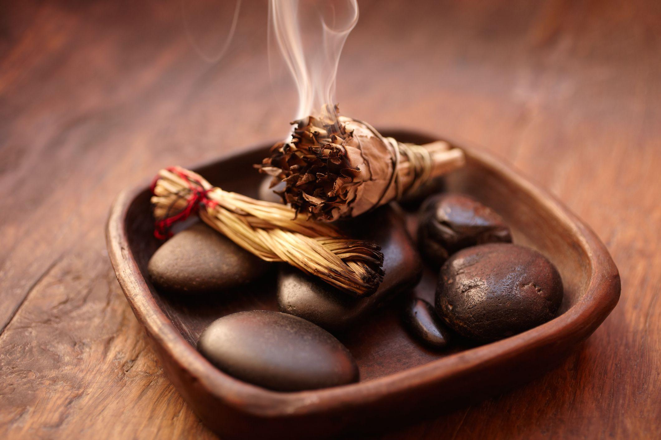 The Benefits of Burning Sage
