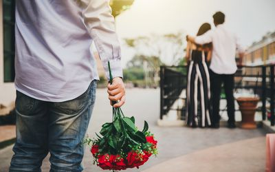 Men prepare flowers for lovers. But his lover is with other people for others. Love concept