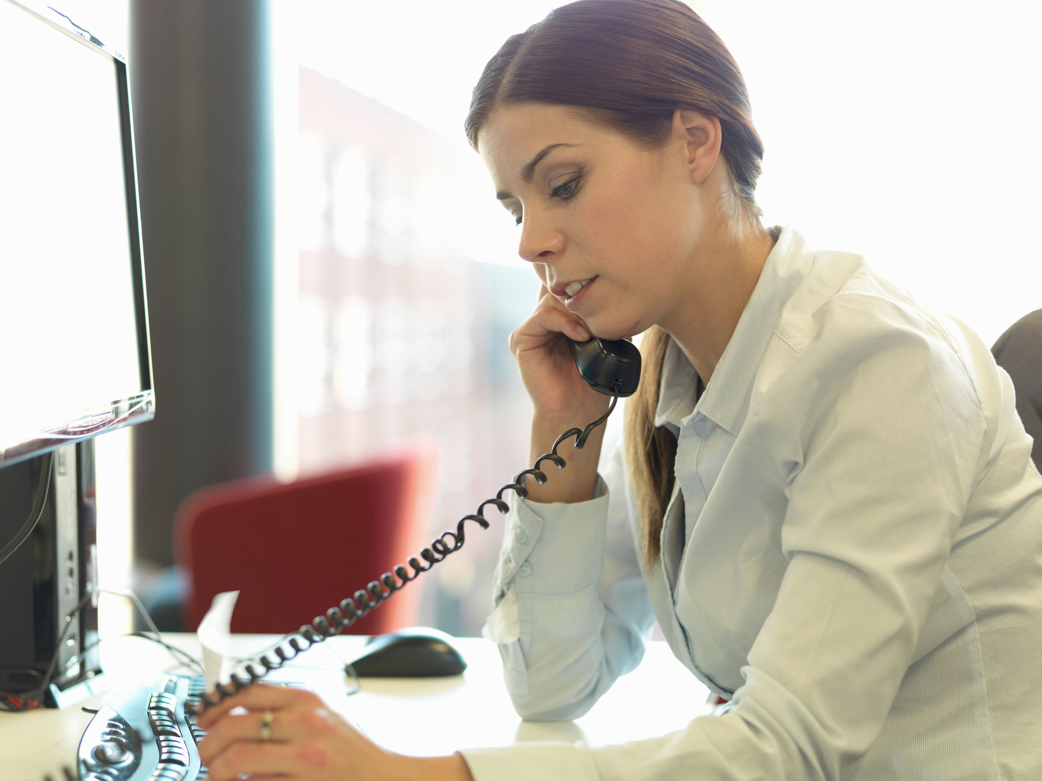 Coping With Your Anxiety When Making Cold Calls for New Clients