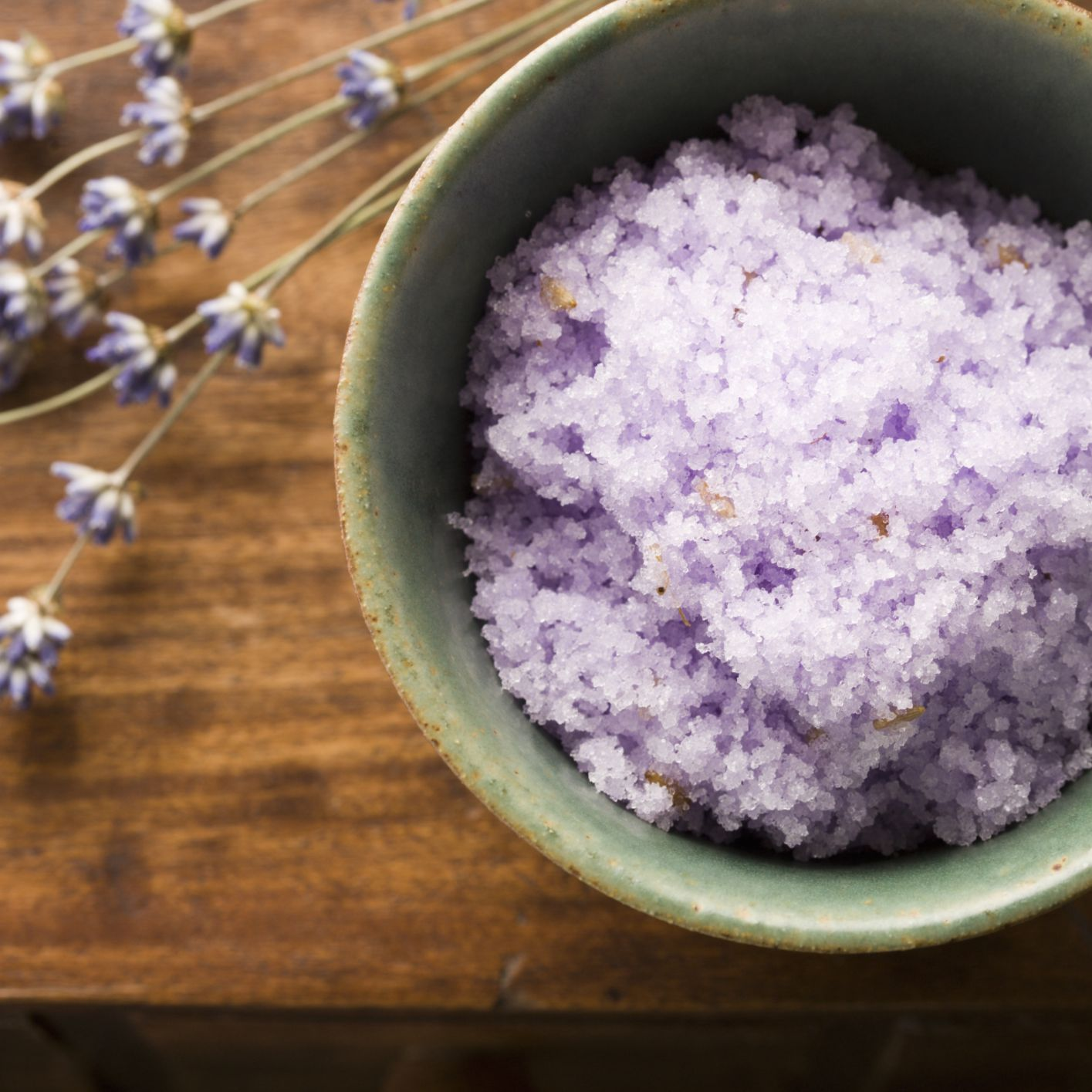 Essential Oils to Help Ease Stress