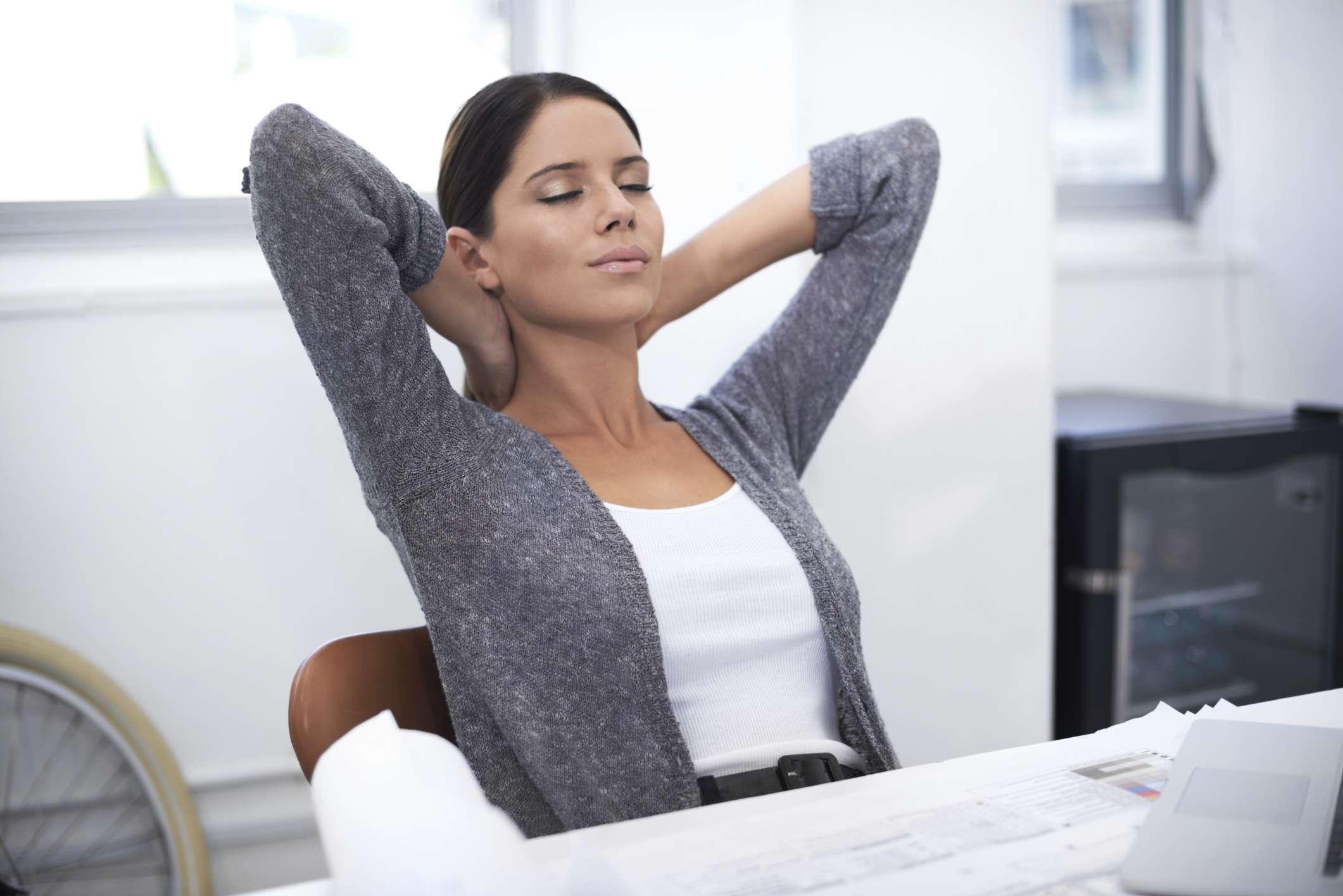 meditation-mini-break-relax-office-Yuri_Arcurs.jpg