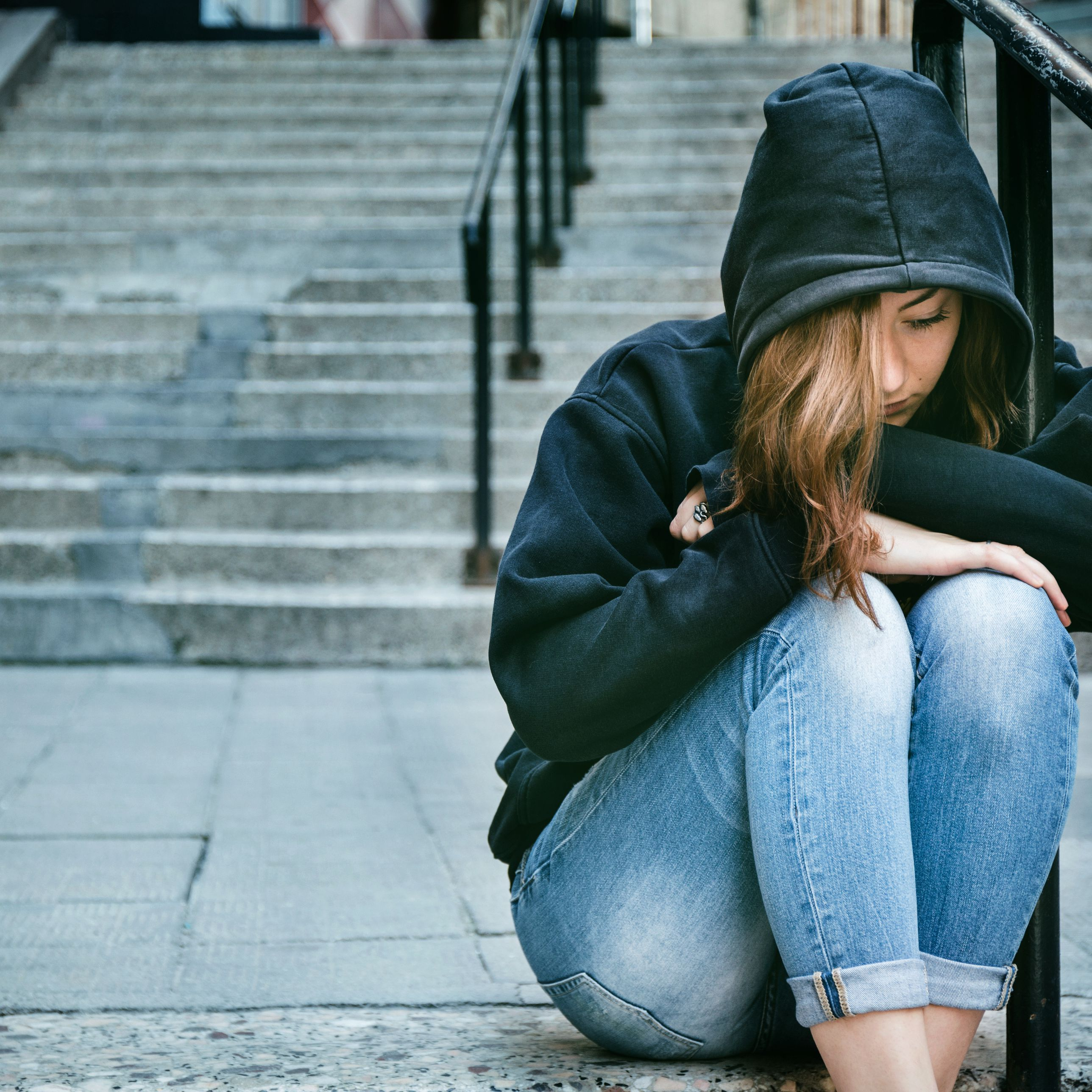 How to Parent Teens With Social Anxiety