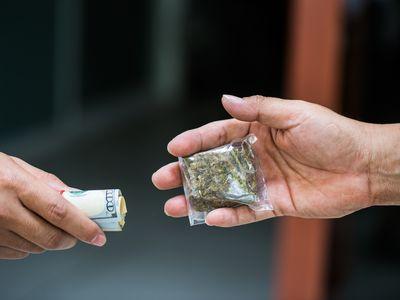 Dealing marijuana,marijuana