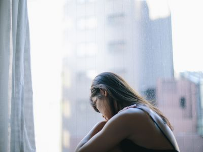 woman withdrawal symptoms
